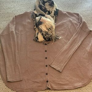 Sweaters - Waffle cardigan with lightweight h&m scarf